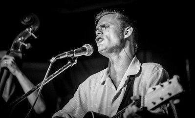 In B&W, Danny McVey TRio at Pyle RnR Club, July 2017