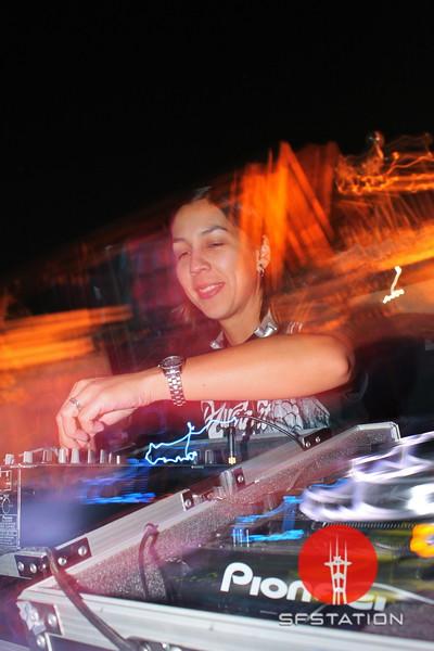"Photo by Cherish Prieditis  <br><br><b> See event details:</b> <a href=""http://www.sfstation.com/nice-dream-2-e1183011"">Nice Dream 2</a>"