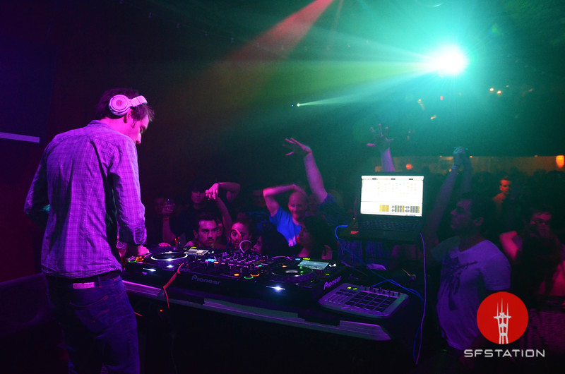 "Photo by Allie Foraker <br /><br /> <b>See event details:</b> <a href=""http://www.sfstation.com/alex-metric-e1352501"">Popscene: Alex Metric</a>"