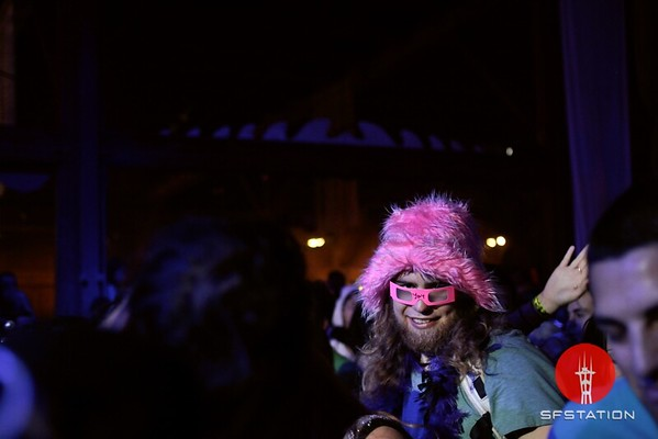 "<b>Photo by</b> <a href=""http://www.derekmacario.com"">Derek Macario</a><br /><br /><b>See event details:</b> <a href=""http://www.sfstation.com/sea-of-dreams-nye-prophesea-2012-e1406051"">Sea of Dreams NYE</a>"