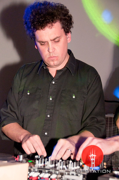 """Photo by Alex Akamine <br /><br /> <b>See event details:</b> <a href=""""http://www.sfstation.com/simian-mobile-disco-dj-set-e1278912""""> Simian Mobile Disco DJ Set</a>"""