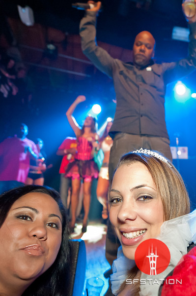 "Photo by Ezra Ekman <br /><br /> <b>See event details:</b> <a href=""http://www.sfstation.com/too-hort-live-e1386831"">Too $hort Live, presented by Mr. Roboto's The Big Nasty 10th Annual Halloween Party</a>"