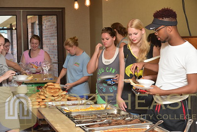 2016-08-10 BSU BSU Feeds the Showband from Tigerland