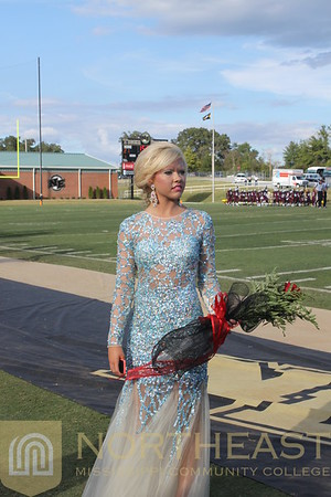 2014-09-27 SGA Homecoming Post Ceremony Snaps -- MB