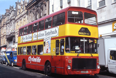 Clydeside 2000 908 High Street Paisley May 93