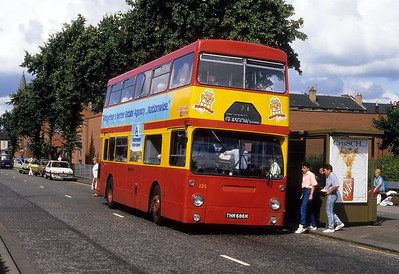 Clydeside 021 High St Renfrew Aug 87