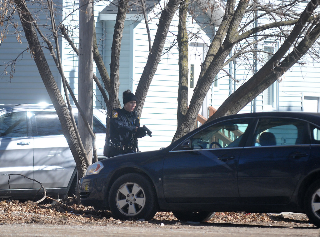 . Lisa Yanick Litwiller -Morning Sun-   Police search Mt. Pleasant and Central Michigan University\'s campus for James Eric Davis Jr,  who is suspected of shooting and killing two people in a residence hall on campus on Friday, March 2, 2018.