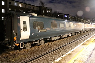 New MK5 Caledonian Sleeper Coach 15101 seen at Kensington Olympia on 6Q72 Dollands Moor-Polmadie   15/01/18