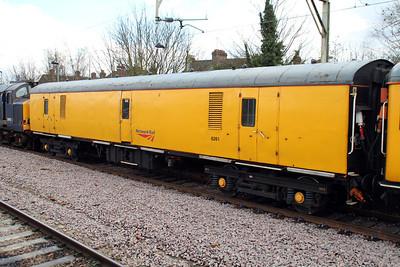 6261 at Hertford East on 1Q53 Hertford East-Ferme Park 14/02/13.