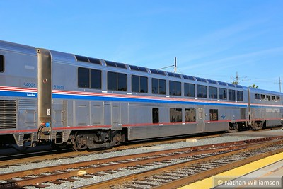 33049 arrives into Los Angeles Union  02/02/15