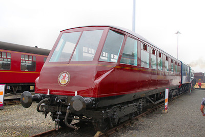 1719 - LNER Coronation 'Beavertail' Observation Car (Built in 1937) on display in York Railfest  06/06/12