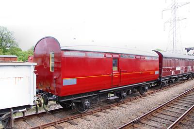 LNER 70654 Six-wheel Thompson Non-Gangwayed Passenger Brake built in 1950 on the Great Central Railway 14/05/11