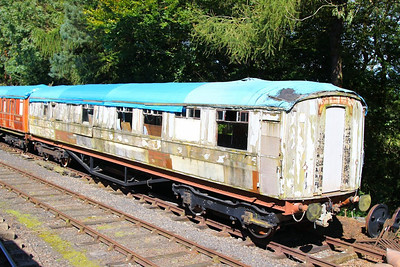 24080, Gresley Buffet Car built in 1937 on the Great Central Railway at Rothley 08/09/12