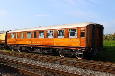 24278 - LNER Gresley Buffet Car built in 1937 at Quorn & Woodhouse on the Great Central Railway 08/9/12