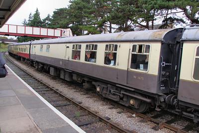 Mk1 RBR 1675 in Winchcombe on the Gloucestershire & Warwickshire Railway 25/10/09
