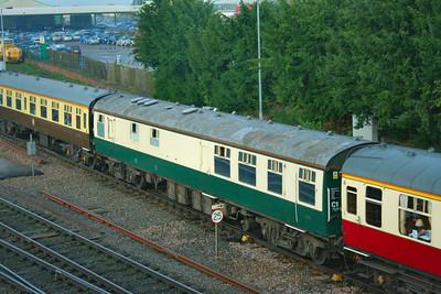 Mk1 RBR 1680 wearing Pride of the Nation Green & Cream departs Westbury 13/09/08