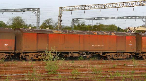 Mk1 NOA 95763 stored in Bescot  05/05/12