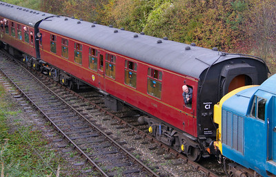 Mk1 FK 13326 arrives into Winchcombe on the Gloucestershire & Warwickshire Railway 25/10/09