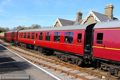 Mk1 SK 25040 departs Bitton on the Avon Valley Railway  11/04/15