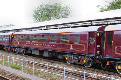 """329 """"Pearl"""" - Mk1 Pullman Parlour First"""" was rebuild in 1990 as a Royal Scotsman Saloon and renumbered to 99962 """"State Car 2"""". The coach now consists of 4 twin sleeping rooms.  99962 departs Bath on the: 5Z28 09:30 Bath to Westbury 10/07/12"""