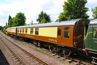 """Mk1 TSO 4758 has been converted into a Saloon, for use on the Great Central Railway's """"Cromwell Pullman"""" dining set and numebred 1899. The interior has been gutted and a new open layout with sideways facing sofa's installed. 1899 is seen at Loughborough. 14/05/11"""