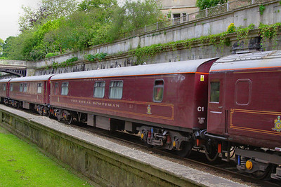 """313 """"Finch"""" - Mk1 Pullman Kitchen First  was converted into a Royal Scotsman Saloon in 1990 and renumbered 99964 """"State Car 4""""  The coach now consists of 3 twin sleeping rooms and 3 single sleeping rooms.  99964 heads through Sidney Gardens in Bath on the: 5Z29 13:05 Westbury to Bath via Bath Goods Loop 10/07/12"""