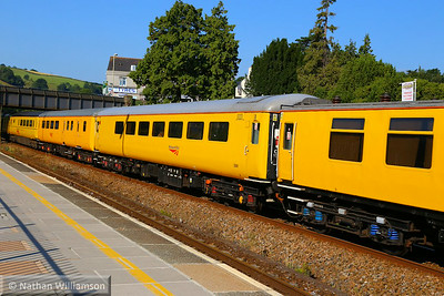 5981 - Plain Line Pattern Recognition vehicle (PLPR2) heads west through Totnes on the: 1Q18 05:17 Old Oak Common to Plymouth  25/07/14