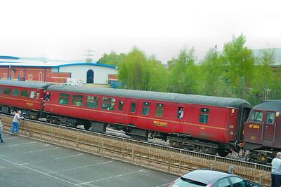 Mk2c BSO 9440 departs Newton Abbot 18/04/09