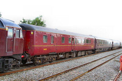 Mk2d BSO 9493, now wearing WCRC livery departs Swindon on the: 1Z29 14:59 Bath to Oxford 10/07/12
