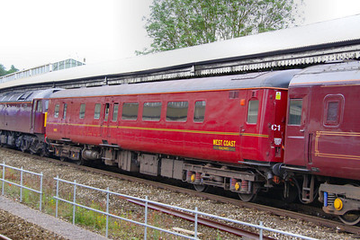 Mk2d BSO 9493, now wearing WCRC livery departs Bath on the: 5Z28 09:30 Bath to Westbury 10/07/12