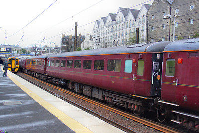 Mk2d TSO 5632 departs Haymarket on Scotrail's 2G13 17:08 Edinburgh to Edinburgh (Fife Circle)  16/04/12