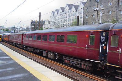 Mk2d TSO 5657 departs Haymarket on Scotrail's 2G13 17:08 Edinburgh to Edinburgh (Fife Circle)  16/04/12
