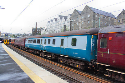 Mk2e BSO 9506 departs Haymarket on Scotrail's 2L61 17:24 Edinburgh to Cardenden   16/04/12