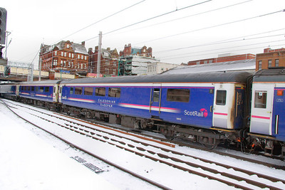 Mk2e BUO 9805 departs Carlisle in the snow 03/12/10  9805 was converted from Mk2e TSO 5833