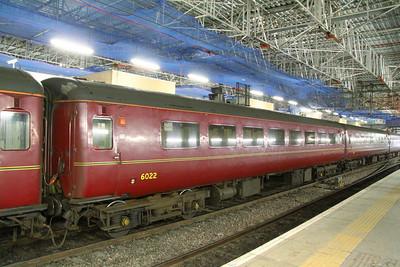 Mk2f TSO 6022 in Edinburgh Waverley 23/11/11