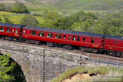 """Mk2z BSO 9392 crosses Ais Gill Viaduct in the consist of: 1T53 15:12 Carlisle to Lancaster """"The Fellsman""""   10/06/15"""