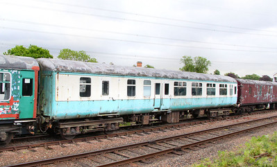 Mk2z BSO 9385 stored on the Great Central Railway 14/05/11
