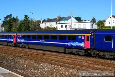 41009 arrives into Totnes 23/04/13