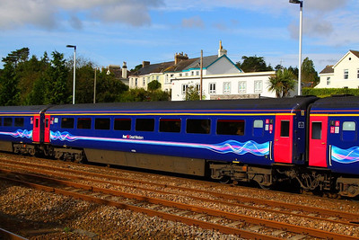 41006 arrives into Totnes 27/09/12