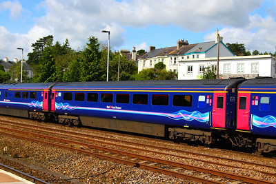 41018 arrives into Totnes 26/08/12