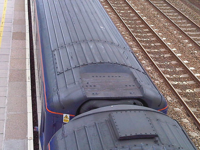 40804 received a recess in the roof for the fitting of a GNER WiFi Dome, but when transferred to FGW, the dome was never fitted, leaving a hole in the roof line  16/09/12
