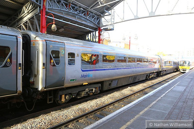 Mk3a TSO 12014 was rebuild with automatic doors for Chiltern Railways and renumbered to 12609  12609 stands in Marylebone 14/11/13