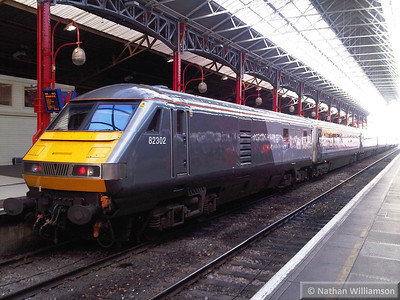 82302 in Marylebone 14/11/13  82302 was converted from 82151