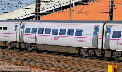 Mk4 FO 11273 arrives into Doncaster 18/06/14