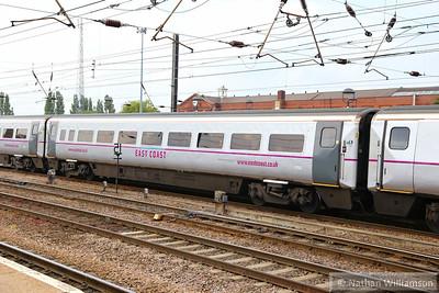 Mk4 FO 11282 arrives into Doncaster 20/06/14