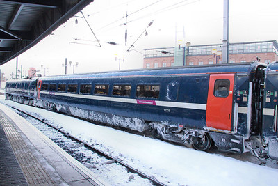 Mk4 TSOE 12216 in Newcastle in the snow 01/12/10