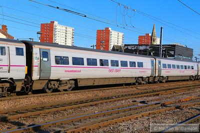 Mk4 TSOE 12223 arrives into Doncaster 18/06/14