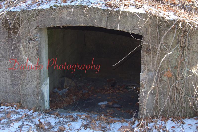 Odd structure at Locust Gap.