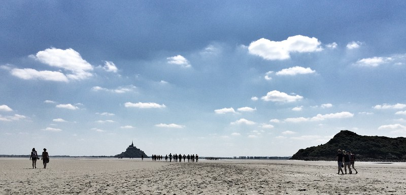 Walking past Tomberlaine towards Mont St Michel