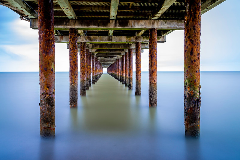 Southwold Pier, rust and all - nice and calm